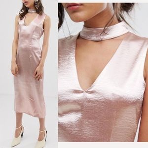 J.O.A Los Angeles Dusty Pink Plunge Midi Dress